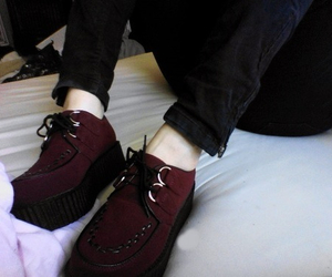 creepers, fashion, and pale image