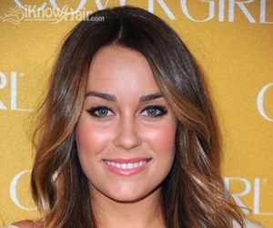 hairstyles, long hairstyles, and hair trend image