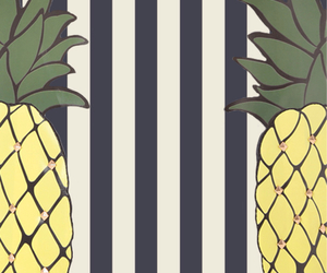 pinapple and wallpaper image