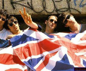oasis, britpop, and flag image