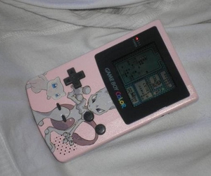 gameboy, pale, and grunge image
