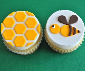 bee, cake, and cup image