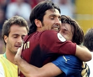 italia, pirlo, and buffon image