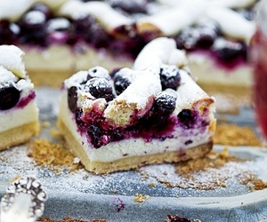 berries, berry, and cake image