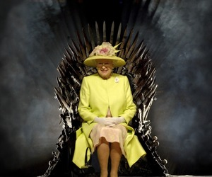 Queen, queen elizabeth, and game of thrones image