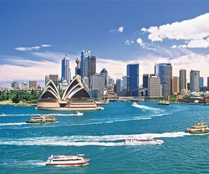 aussie, holiday, and skyline image