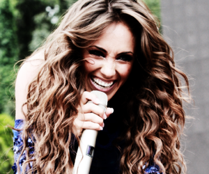 Anahi and smile image