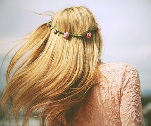 blonde, hair, and flowers image