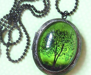 emerald, green, and necklace image