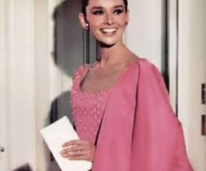 audrey hepburn, pink, and Breakfast at Tiffany's image