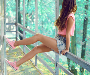 <3, cute, and converse image