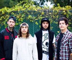 pierce the veil, mike fuentes, and tony perry image