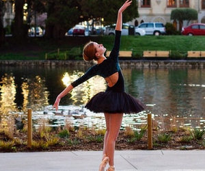ballerina, pointes, and ballet image