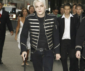 gerard way, my chemical romance, and the black parade image