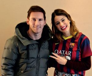 messi, violetta, and martina stoessel image