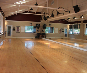 dance studio image
