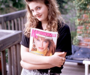 90s and drew barrymore image
