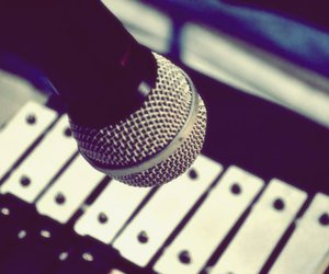 microphone, microfono, and musical instrument image