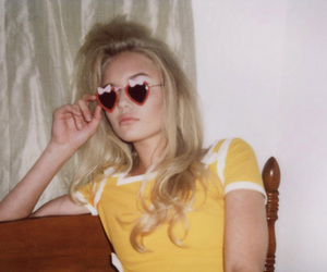 heart shaped glasses, material girl, and serena reynolds image