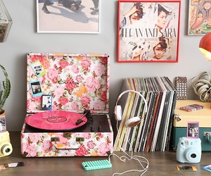 vintage, room, and music image