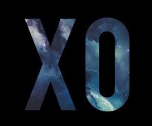 xo and galaxy image