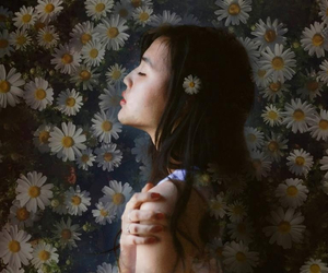 asia, girl, and daisy image