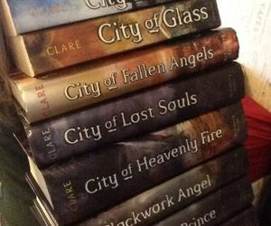 books, the mortal instruments, and cazadores de sombras image