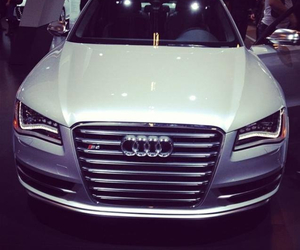 audi, 2013, and S8 image