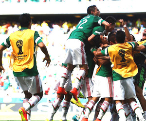 world cup, seleccion mexicana, and brazil 2014 image
