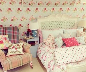 girly, bedroom, and flowers image