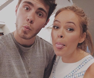 tanya burr, vidcon, and pointlessblog image