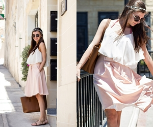 Image by Larisa Costea