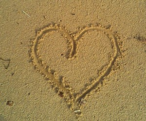 beatch, heart, and plage image