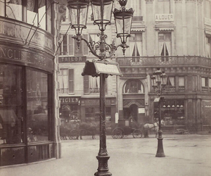 paris and old image