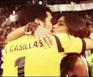 love, kiss, and casillas image