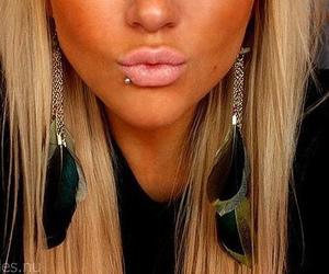 lip piercing image