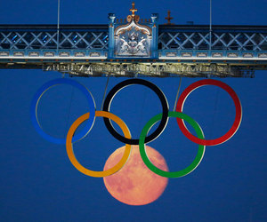 rings, moon, and olympic image