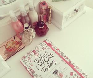 perfume, pink, and girly image