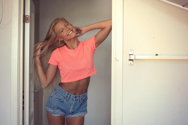 Final, skinny blonde teen long legs