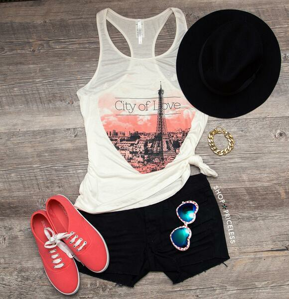 a469294cc641 Cute lazy day outfit shared by Jade Moore on We Heart It