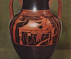 greek and pottery image