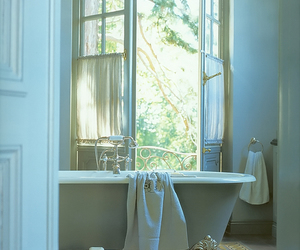 bath, vintage, and bathroom image