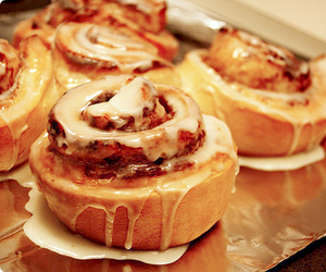 food, sweet, and cinnamon roll image