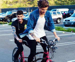 zayn malik, one direction, and louis tomlinson image