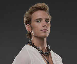 finnick, finnick odair, and catching fire image