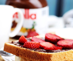 morning, nutella, and strawberry image