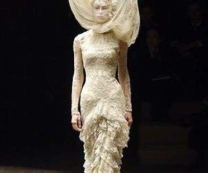 fashion, Alexander McQueen, and mcqueen image