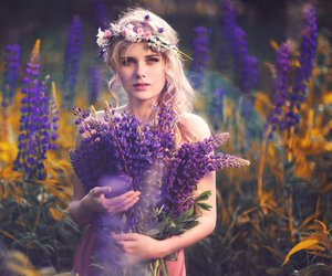 beautiful, crown, and flowers image
