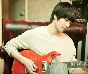 Jonghyun and cnblue image