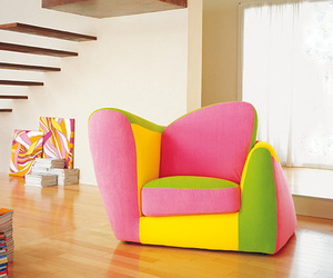 pinky world, <3 it, and funky sofa image